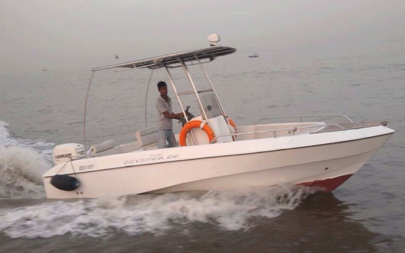 Mahindra Odyssea 22 Speedboat Mumbai