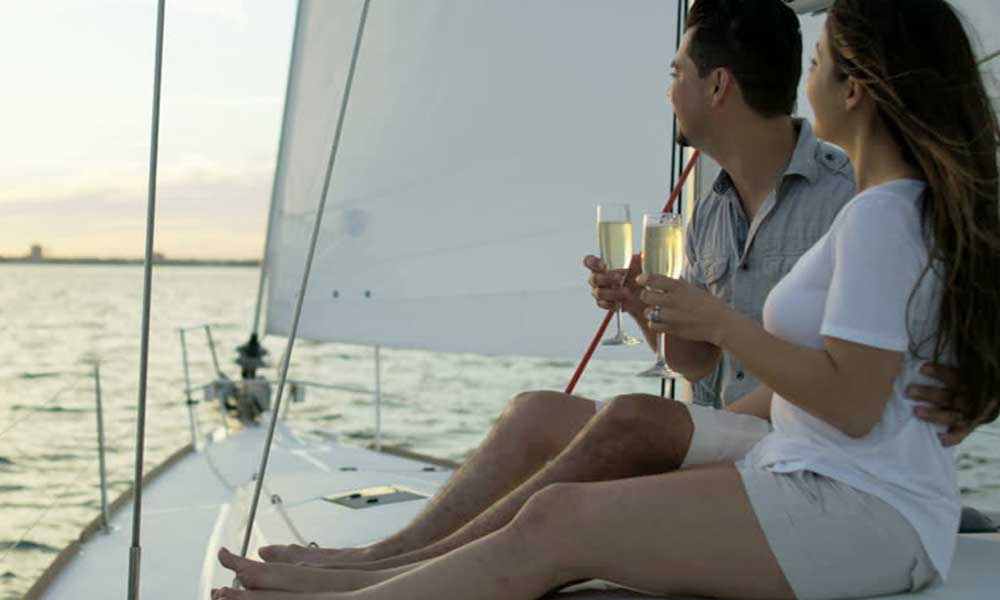 Relationship Anniversary on a Yacht in Mumbai