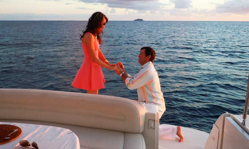 Romantic Proposal on a Yacht in Mumbai