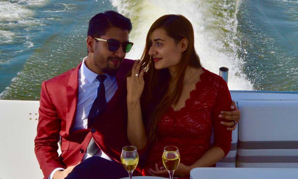 Valentine's Day Romantic Date on a Yacht in Mumbai
